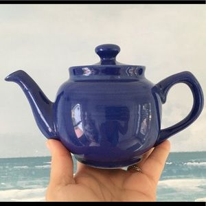 Other - Small ceramic blue teapot 1 Cup, Like New!